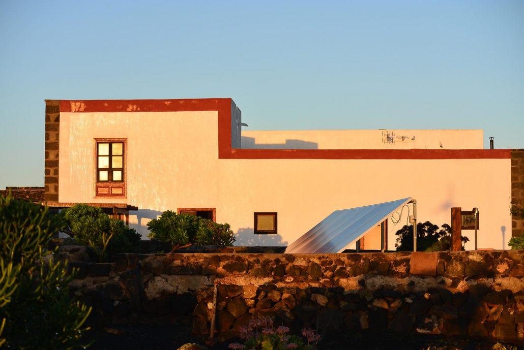 Casa Bermejo | Front